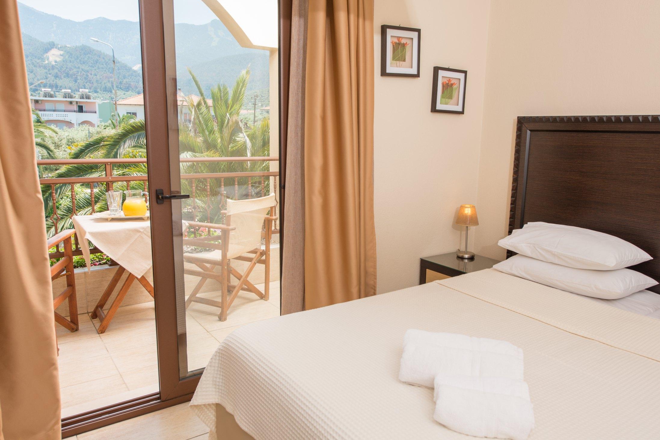 Villa Pipini Luxury Studios Services